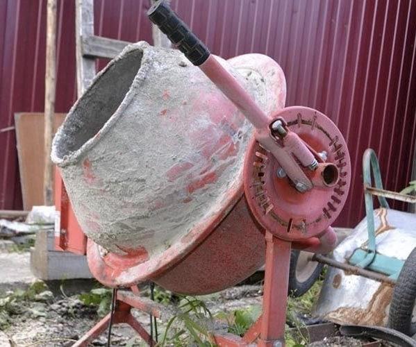 Очистка бетономешалки