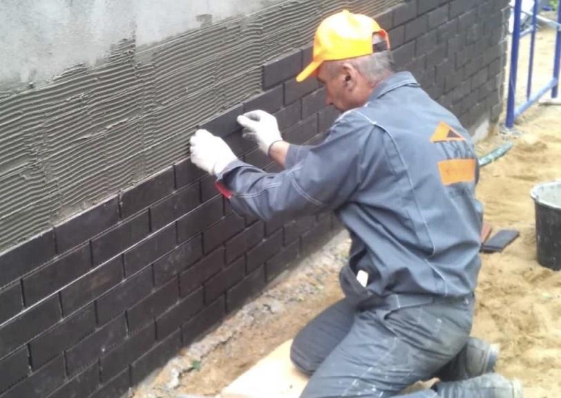 укладка плитки фасадной
