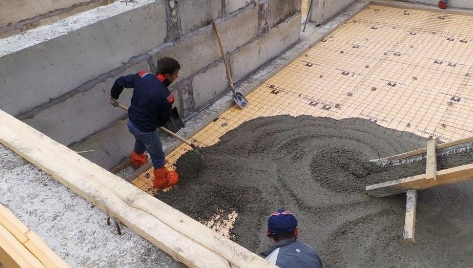 заливка бетоном пола