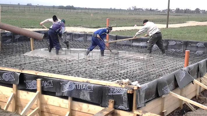 Заливка фундамента под дом из газобетона
