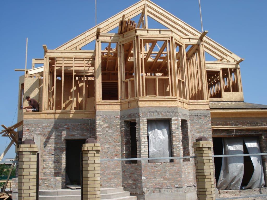 При постройке дома главное внимание уделяется ценеПри постройке дома главное внимание уделяется цене