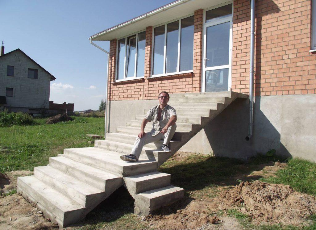 наружная бетонная лестница