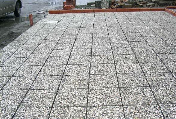 Покрытие из мытого бетона