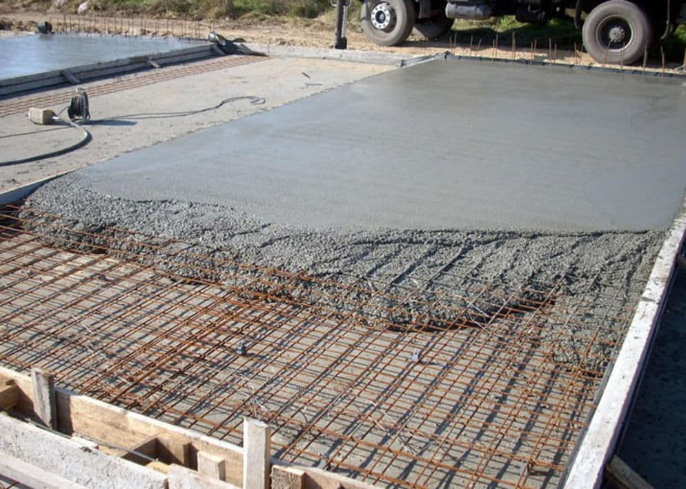 заливка бетоном М250