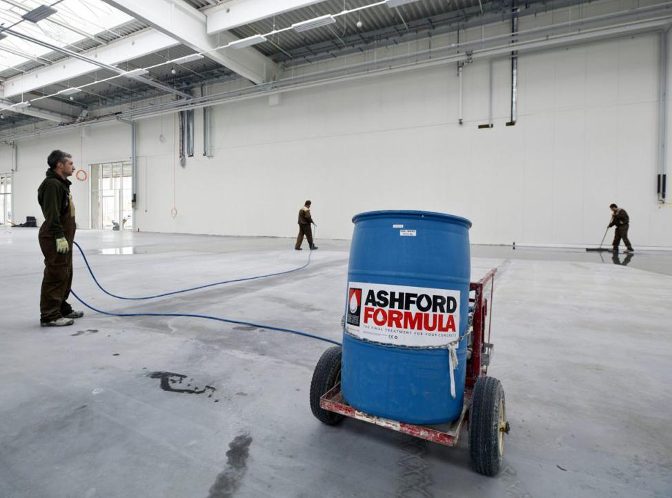 покрытие бетона специальной пропиткой