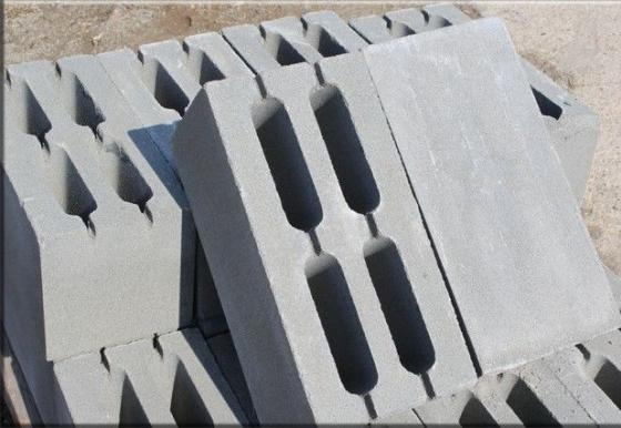 пустотелый пескоцементный блок