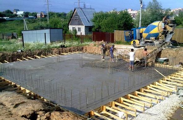 бетонная подушка под фундамент