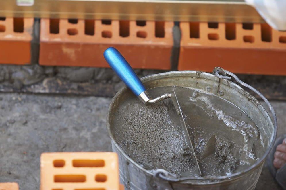 как замешать раствор из цемента и песка