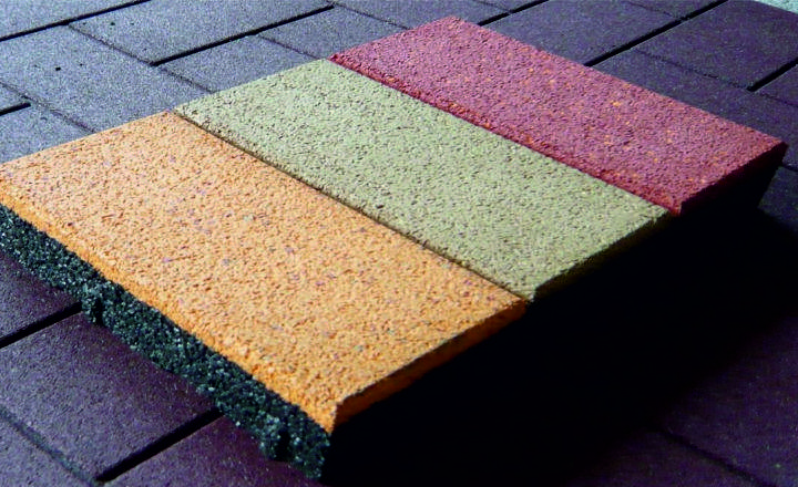 особенности резиновой тротуарной плитки