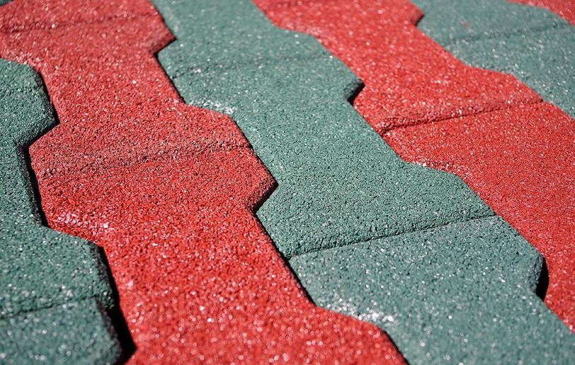 плюсы и минусы резиновой тротуарной плитки