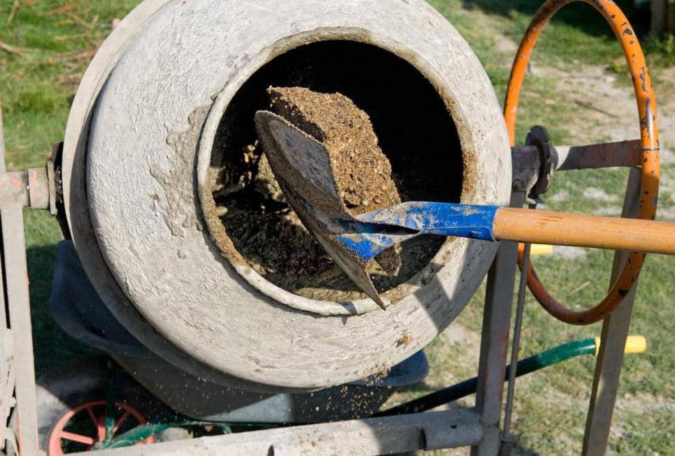 приготовление бетона своими руками для отмостки