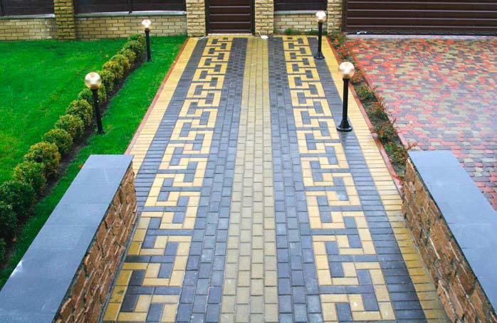 красиво уложенния тротуарная плитки