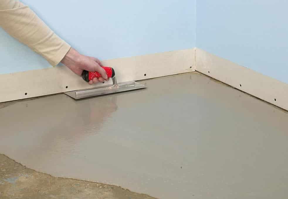 правильная обработка цементной стяжки