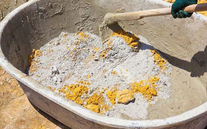 приготовление цементно-песчаной смеси для укладки тротуарной плитки