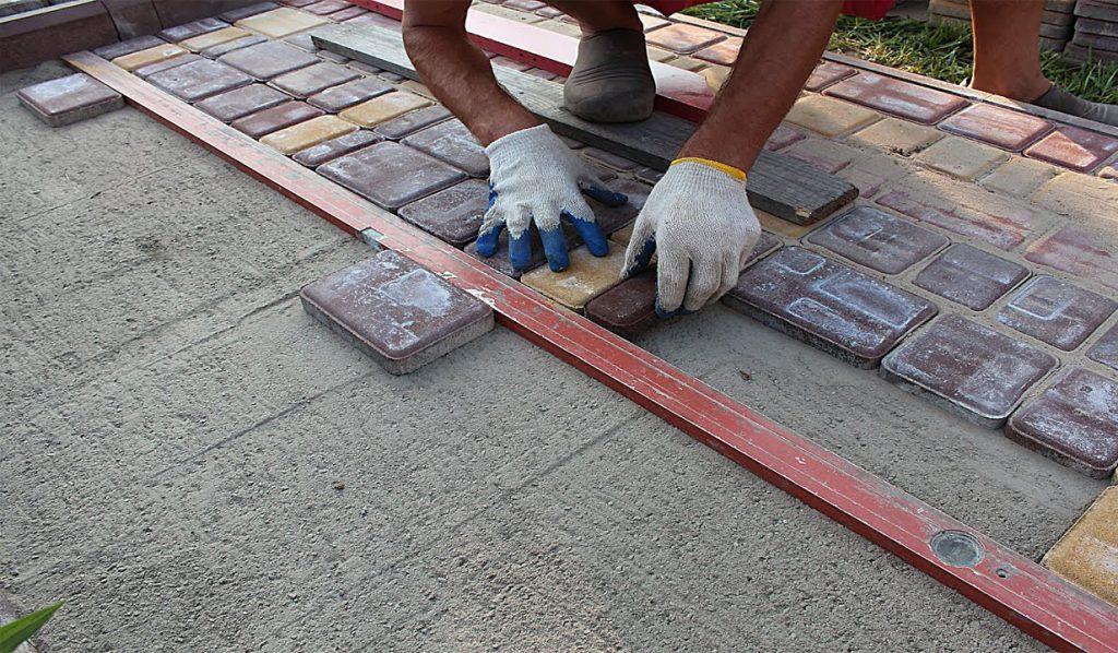 самостоятельная укладка тротуарной плитки