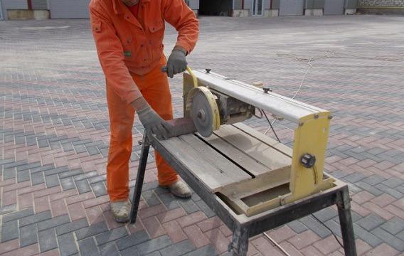 специальные устройства для резки тротуарной плитки