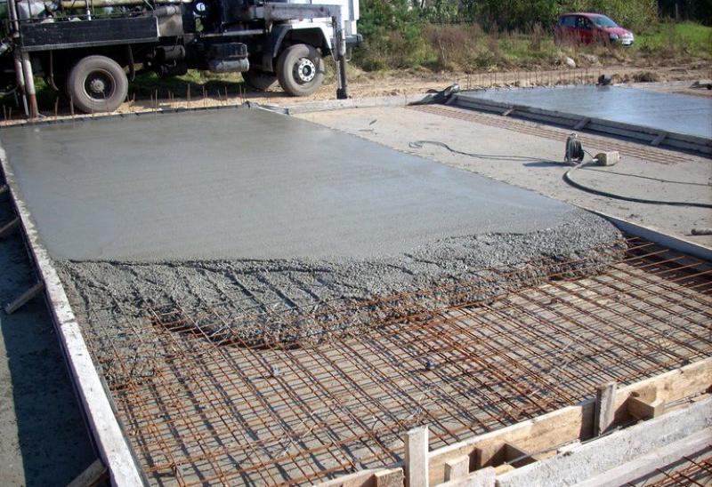 бетонной смесью