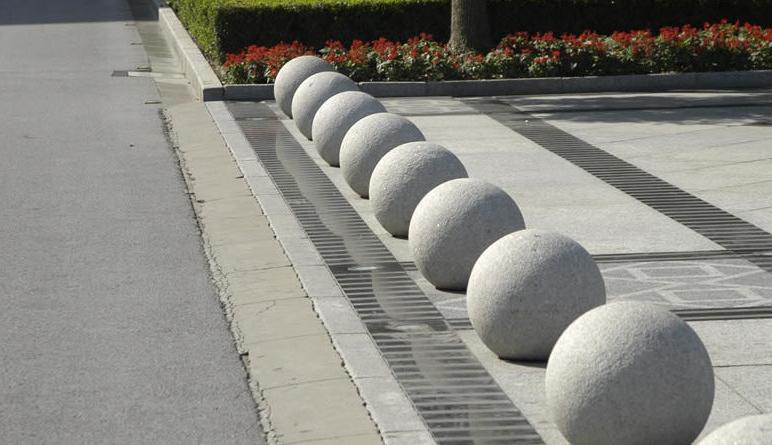 бетонные шары для парковки