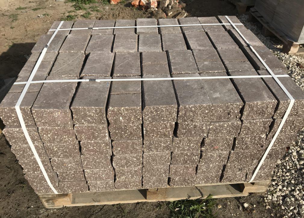 как производится вибропрессованный кирпич из бетона