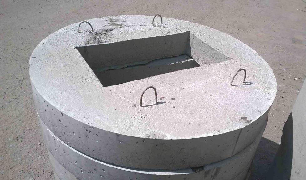 квадратное отверстие в крышке для люка