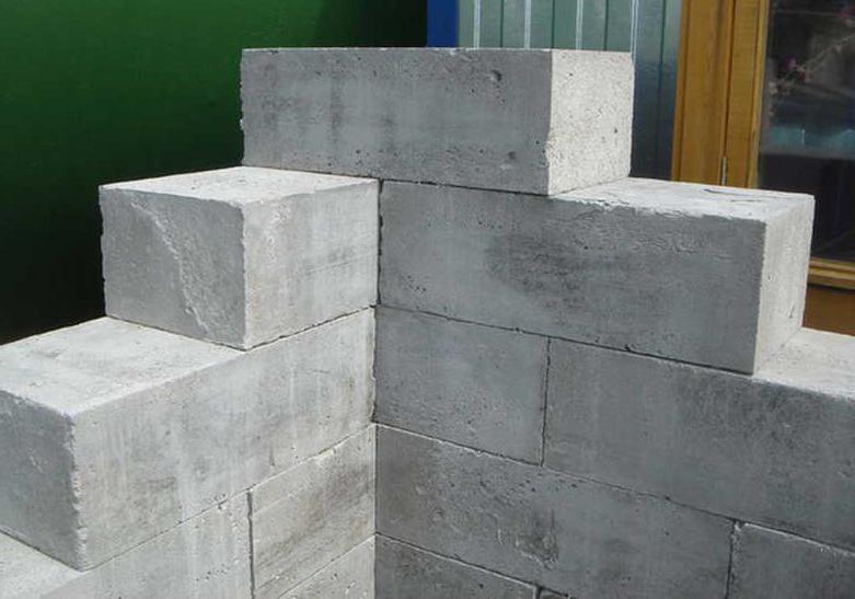 минусы строительства дома из пенобетона
