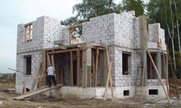 как строится пеноблочный дом