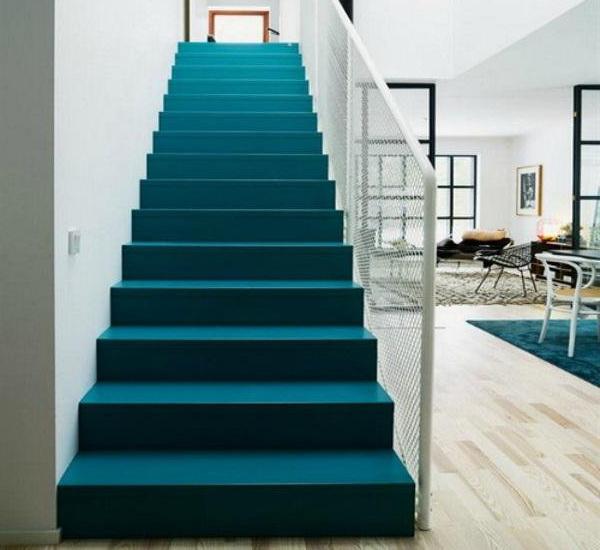 окрашивание бетонной лестницы