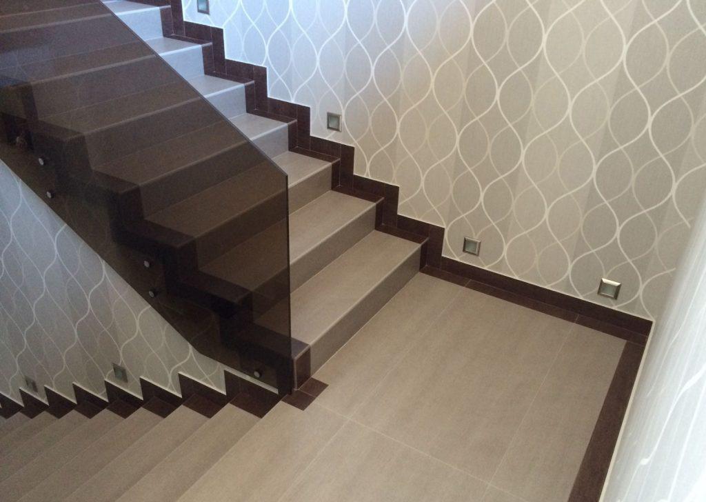 отделка бетона плиткой