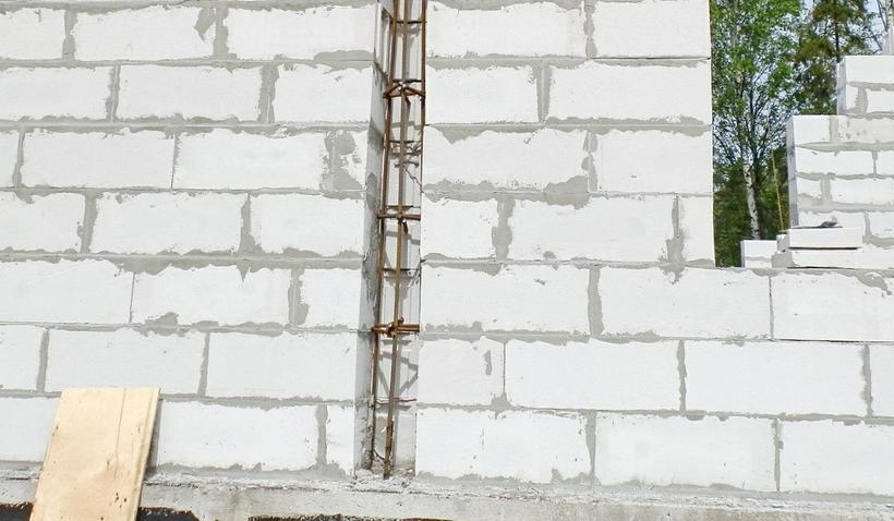 вертикальное армирование газобетона
