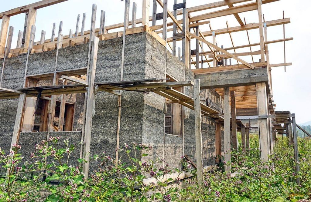 как строить дома из монолитного арболита