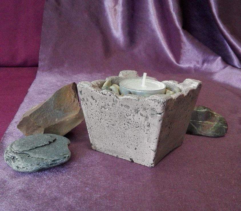 оригинальный бетонный подсвечник