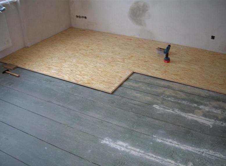 приклеивание фанеры на бетонный пол