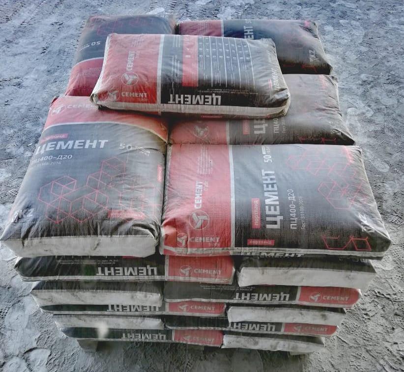 цемент на складе