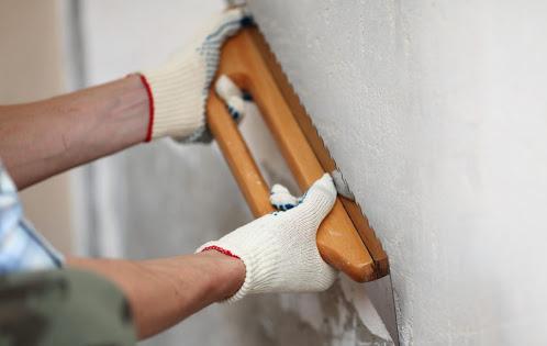 Подготовка стен под нанесение акриловой штукатурки