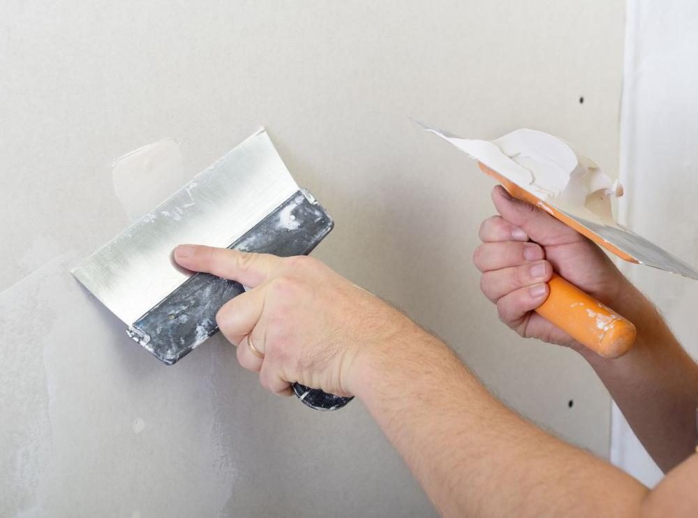 Как наносить гипсовую штукатурку в ванной