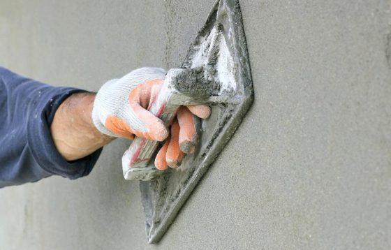 Как затирать стены после штукатурки