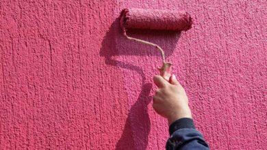 Как покрасить штукатурку короед