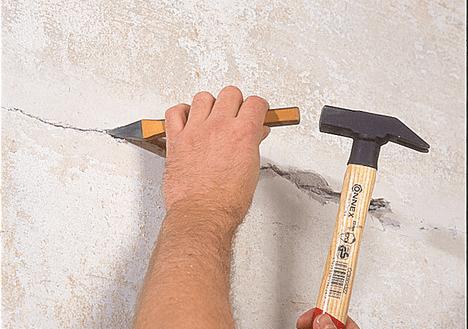 Расшивка трещин в стене