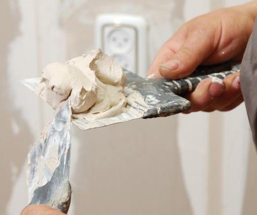 Расход шпаклевки на отделку стен
