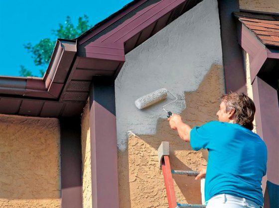 Чем покрасить фасад правильно