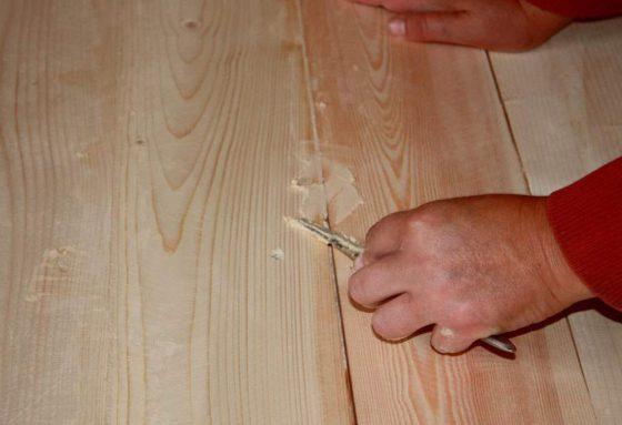 Заделка трещин шпаклевкой для дерева